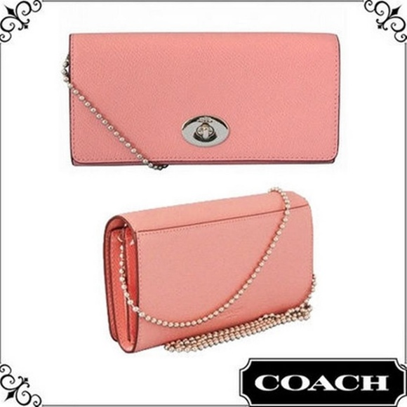 b3d4f9f85140 Coach Pink Leather Wallet on Chain Shoulder